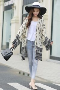 kimono four ways to make your boring college outfit stand out